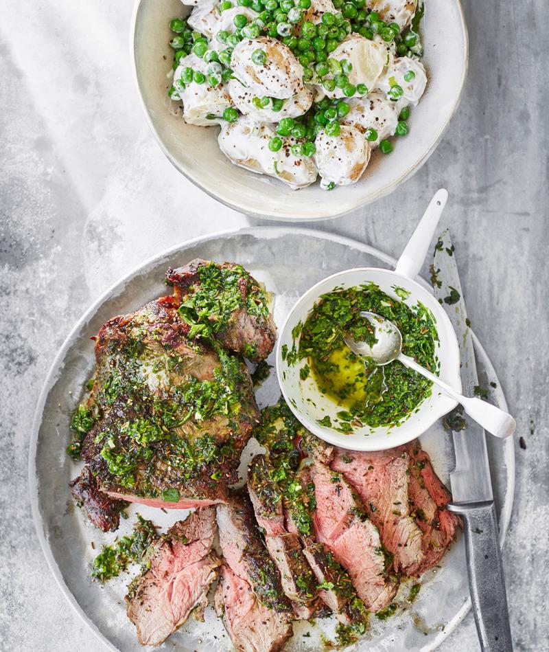 Grillat lamm, mynta-chutney och potatissallad