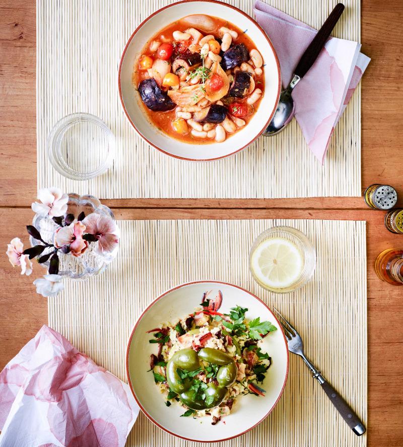 Aubergine med vita bönor och tomat