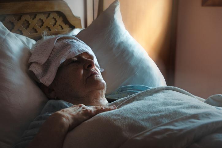 Regionen: Våra vårdcentraler stoppade vård till sjuka äldre