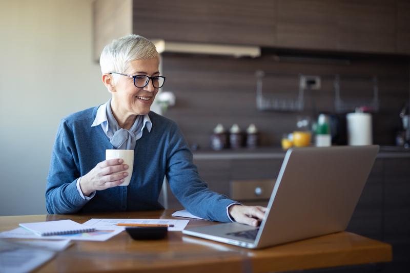 Gratis Zoom-utbildning för alla – med SPF Seniorerna